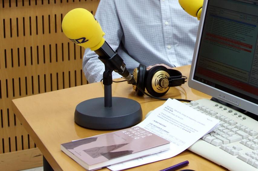 DANIEL-TORAN-RADIO-MINIATURA